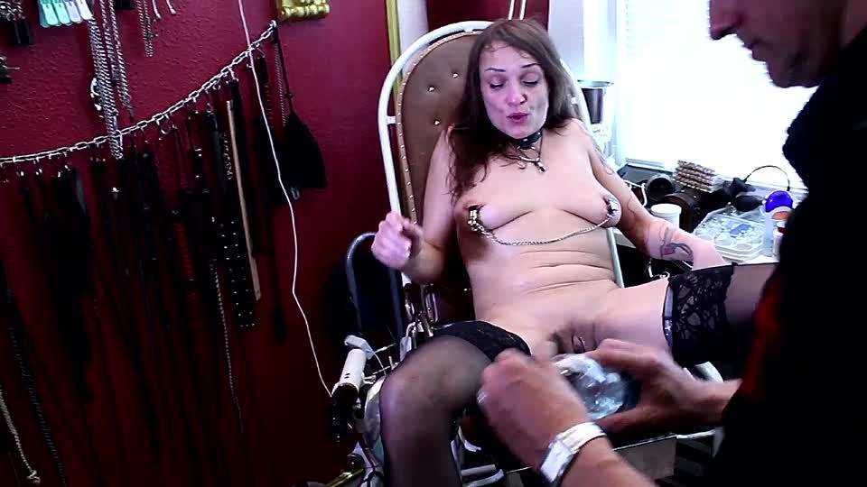 Ganz nackt beim frauenarzt
