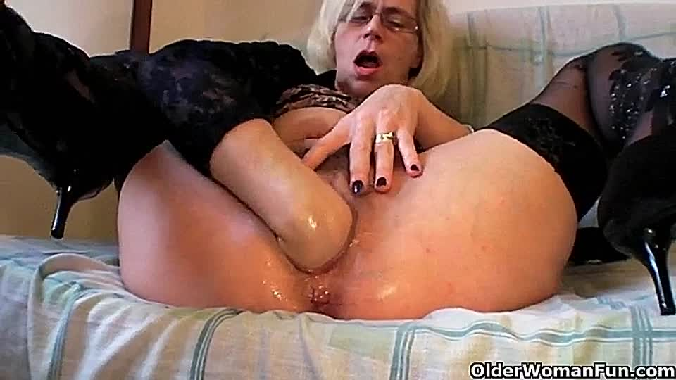 German Milf Solo Squirt
